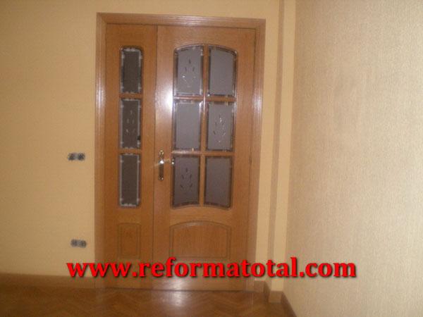 054 07 imagenes puertas interior carpinteria de madera - Cristales decorativos para puertas de interior ...