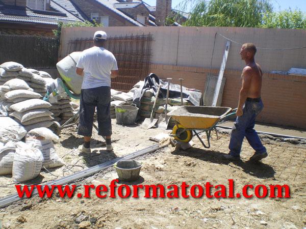 055 03 imagenes canaletas de desague reforma total en - Obras y reformas madrid ...