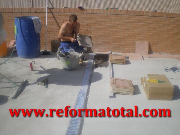055 07 imagenes suelos hormigon patio fotos de reformas - Trabajo albanil madrid ...